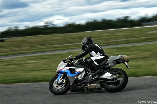 bmw-s1000rr-review-45