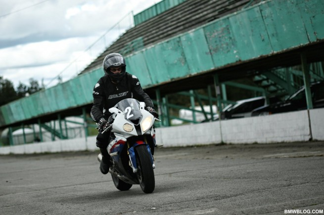 bmw-s1000rr-review-50