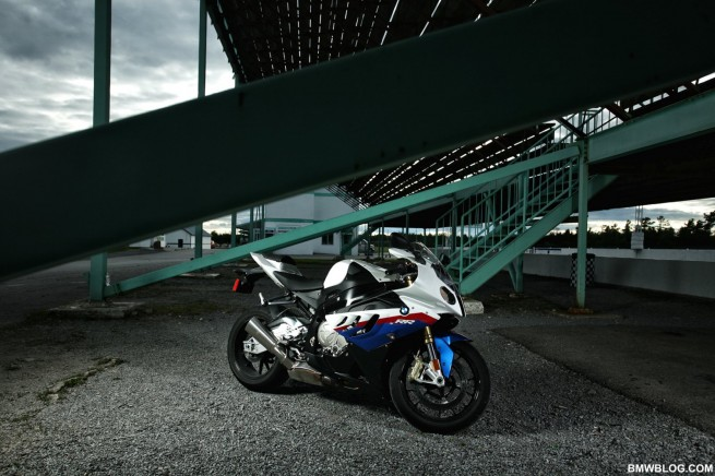 bmw-s1000rr-review-65