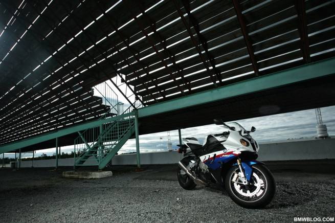 bmw-s1000rr-review-72