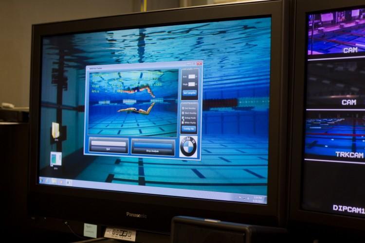 bmw swim 01 750x500