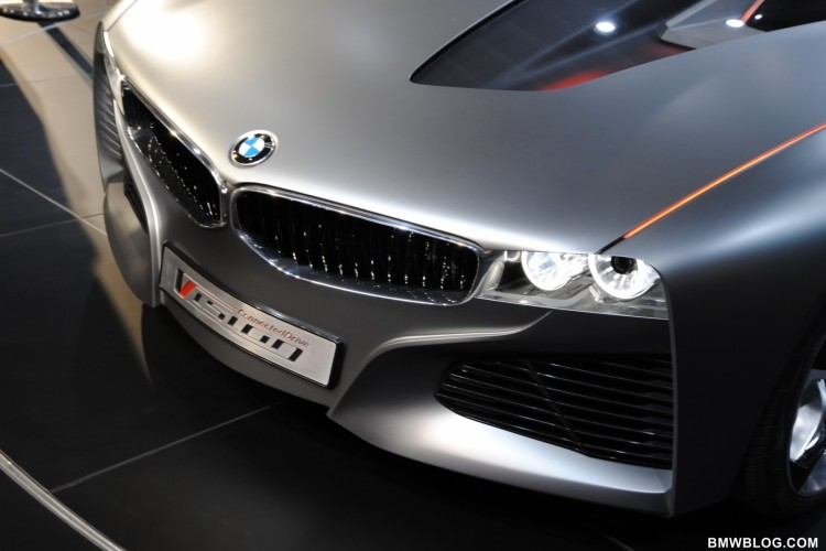 bmw vision connecteddrive geneva 501 750x500