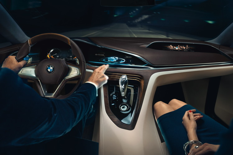 bmw vision future luxury 48 750x500