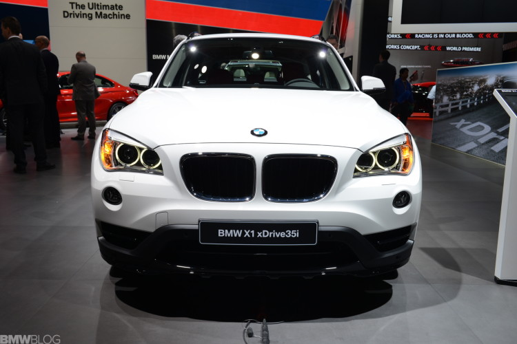 BMW Introduces The 2015 BMW X1 With New Ambiance