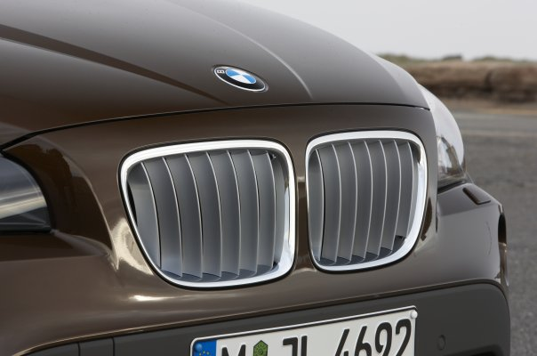 bmw x1 official image