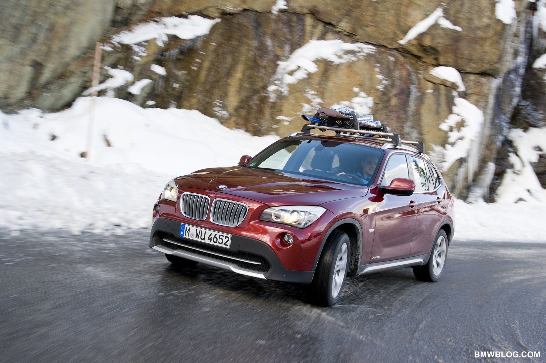 Bmwblog Comparison Bmw X1 Xdrive28i Vs Bmw X3 Xdrive28i