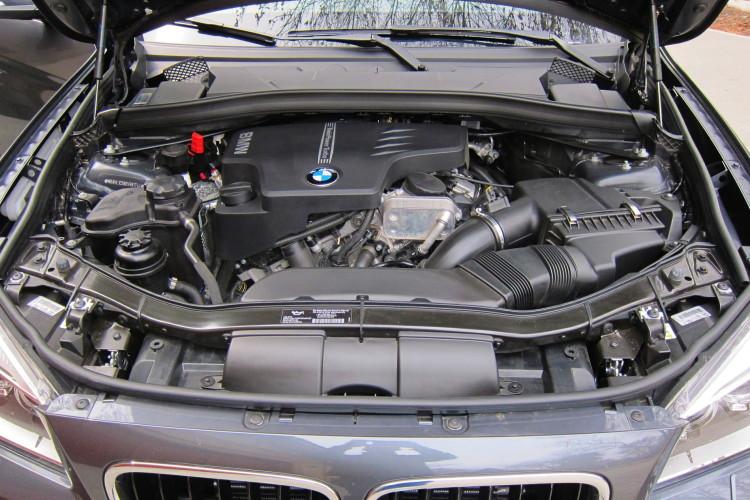bmw x1 xdrive28i engine 750x500