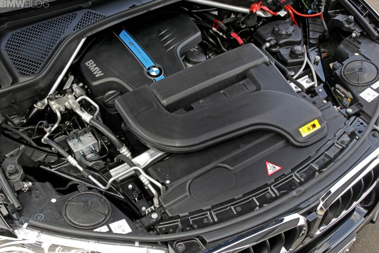 bmw x5 edrive hybrid test drive 35 750x500