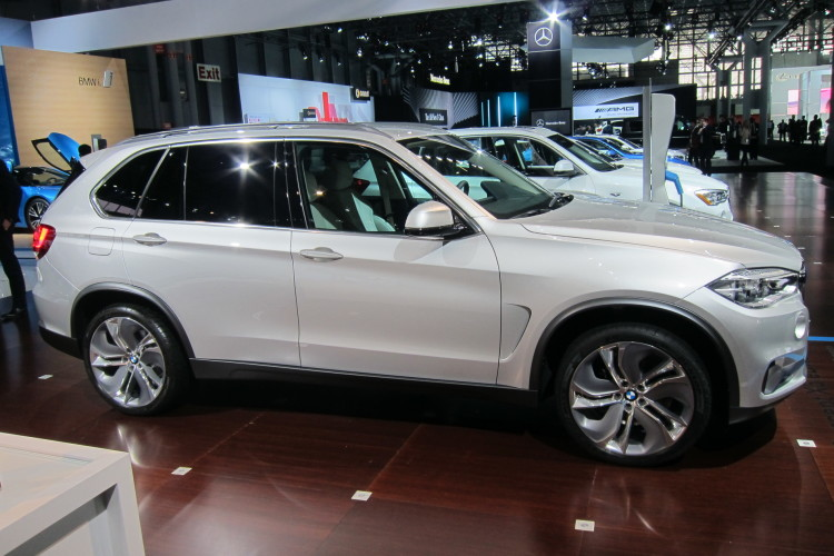 bmw x5 edrive new york auto show 02 750x500