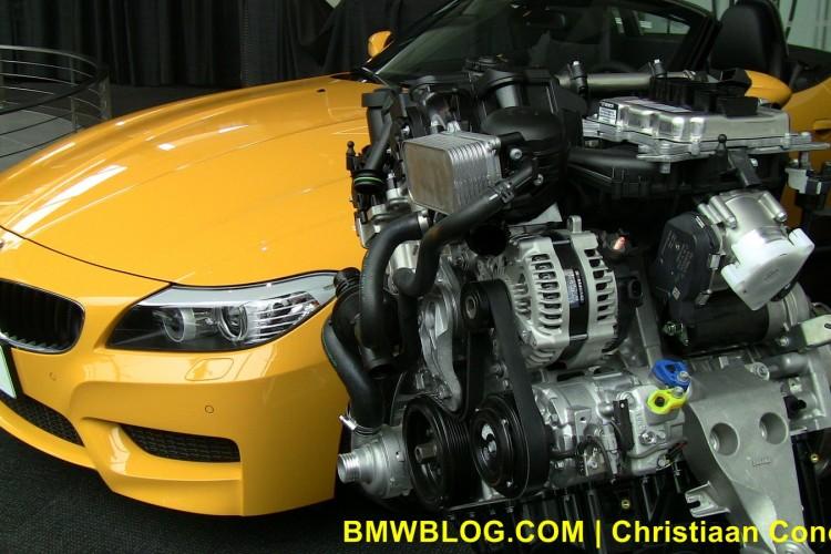 bmw z4 sdrive28i yellow 17 750x500