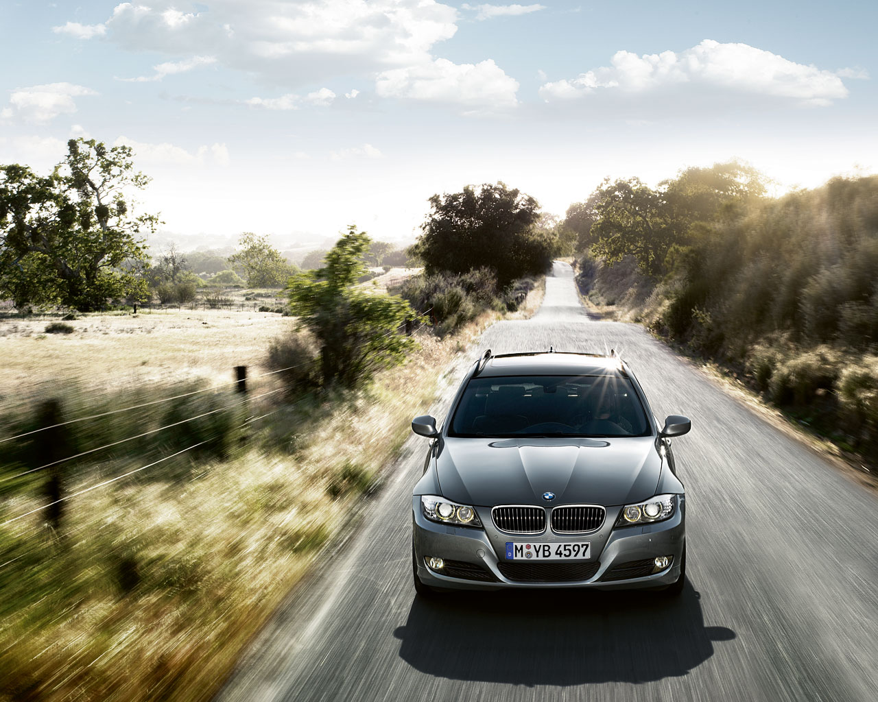 Some new 2009 BMW 3 Series Wallpapers