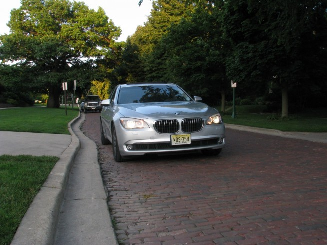 bmw 7 series test drive 3 655x491