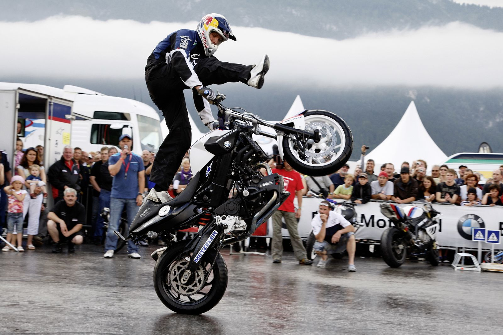 bmw motorrad 10