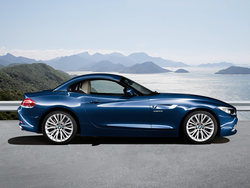 The Generations War: BMW Z3 vs. BMW Z4 vs 2009 BMW Z4