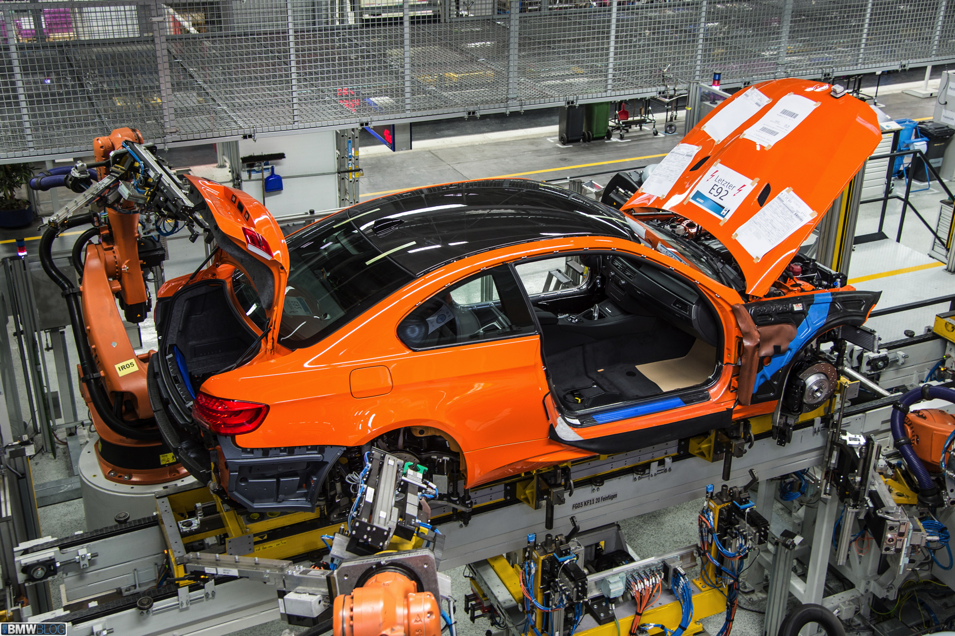 e92 bmw m3 coupe production 01