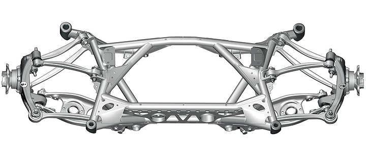 Five-link rear axle in the BMW M3 and BMW M4. Control arms and wheel carriers in aluminium construction, rear axle support in steel lightweight construction, rigidly connected to the body.