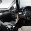 hyundai equus vs bmw 7 series interior 120x120