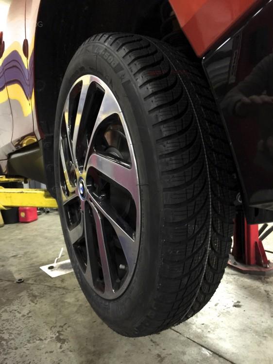 i3-snow-tires-04