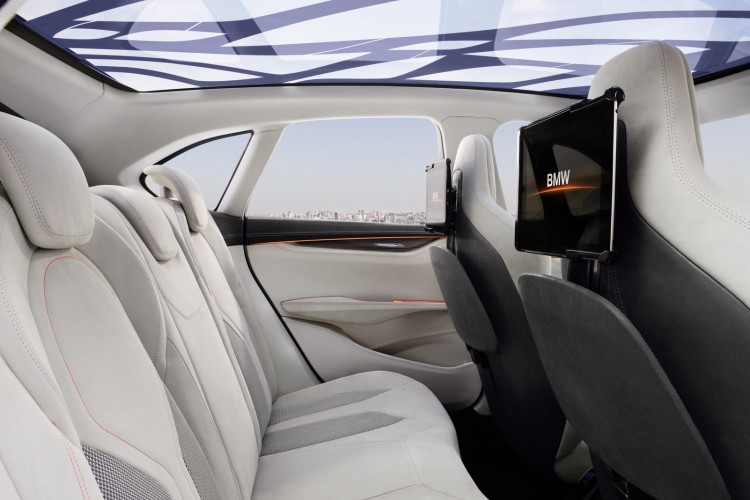 interior bmw active tourer 21 750x500