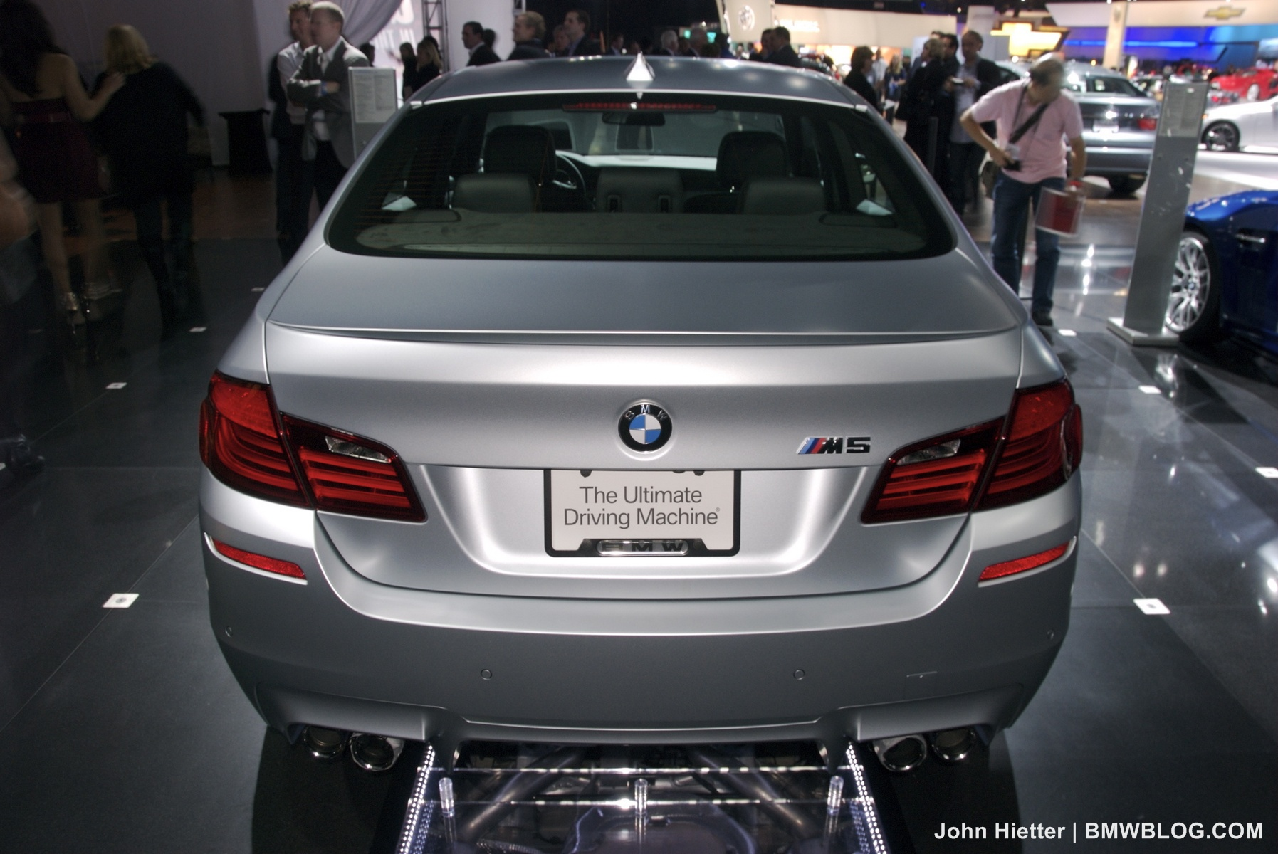 la auto show 2011 bmw m5 frozen silver 08