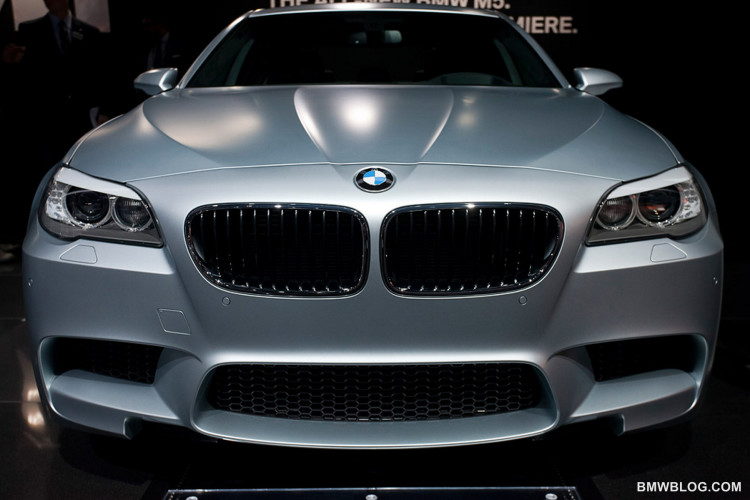 la auto show 2011 bmw m5 frozen silver 110 750x500