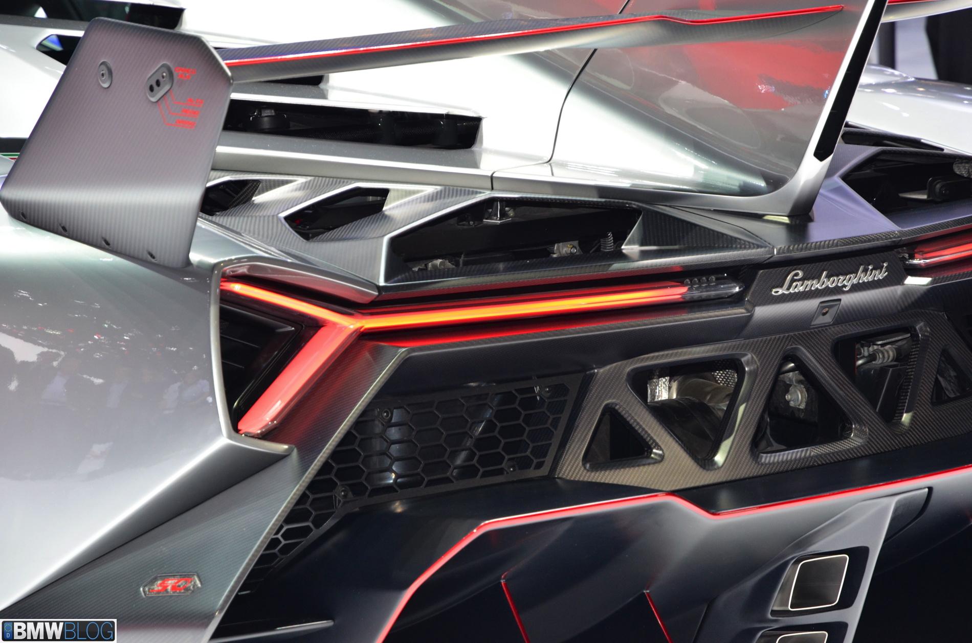 2013 Geneva: Lamborghini Veneno
