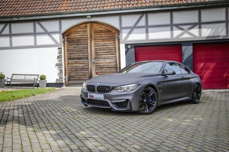 low KW Clubsport BMW M4 Standaufnahme 01 750x499