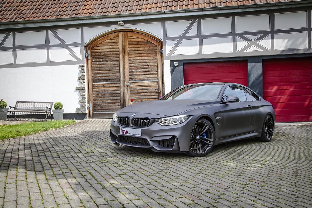 low KW Clubsport BMW M4 Standaufnahme 01