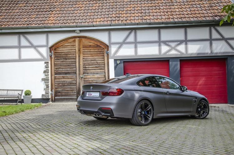 low KW Clubsport BMW M4 Standaufnahme 02 750x499