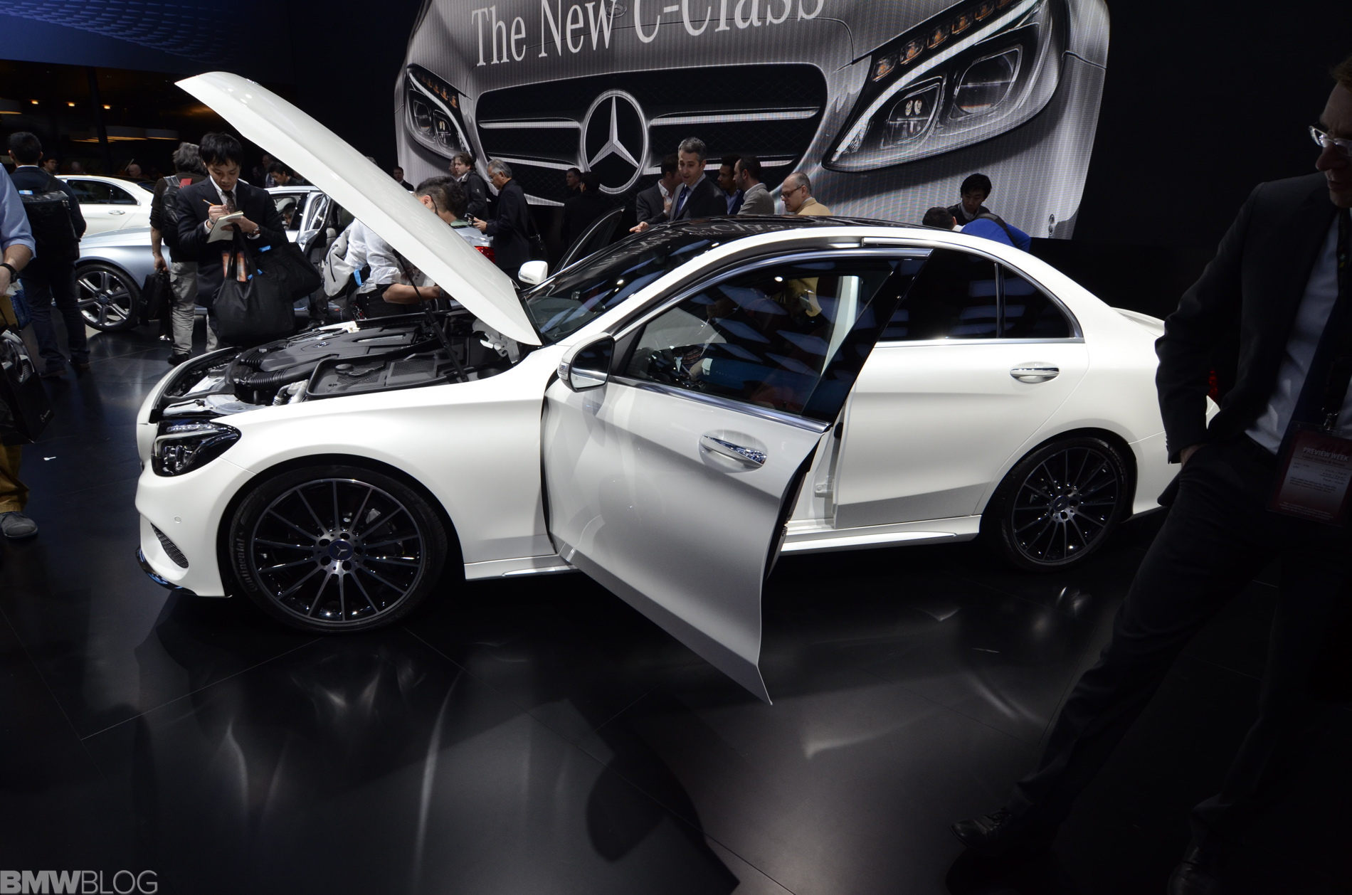 mercedes benz c class detroit auto show 01