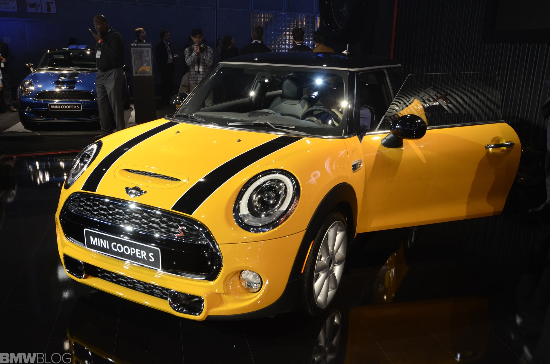 La Auto Show 2013 The New F56 Mini