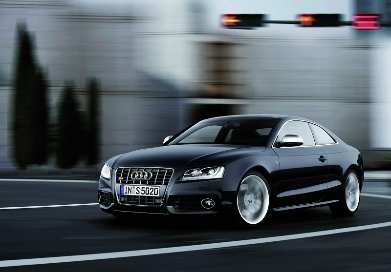 Audi S5- The BMW M3's Compeor