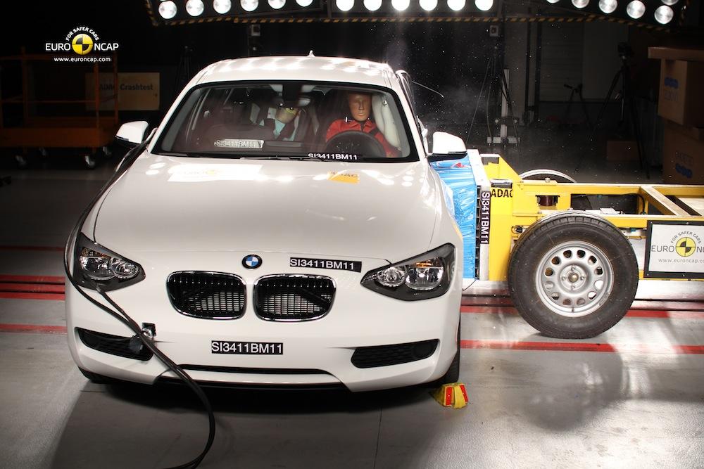 new 1 series crash test 1