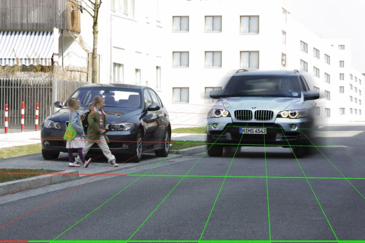 Bmw Car 2 X Communication Improves Pedestrian Safety