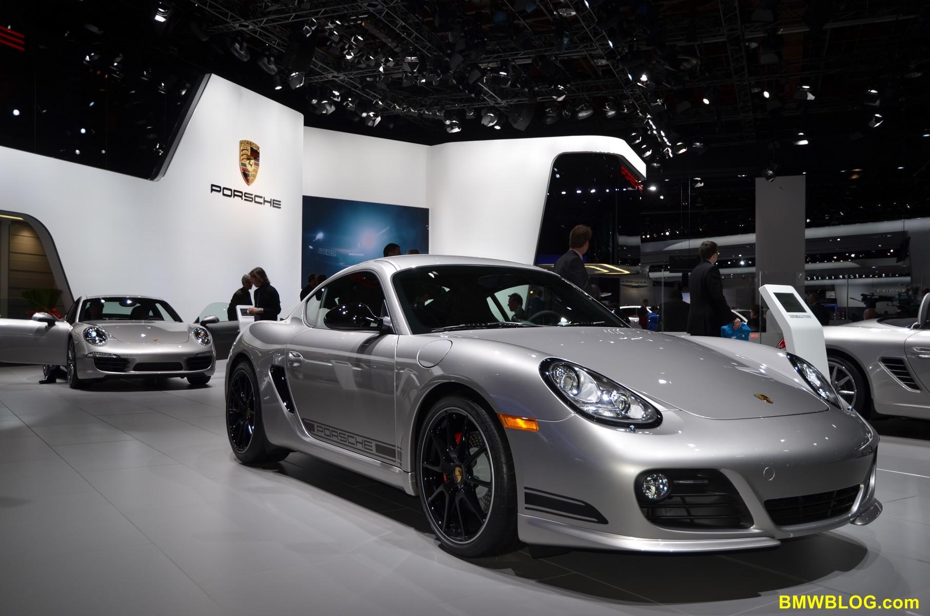 2012 Detroit Auto Show Porsche Unveils New 911 Cabriolet