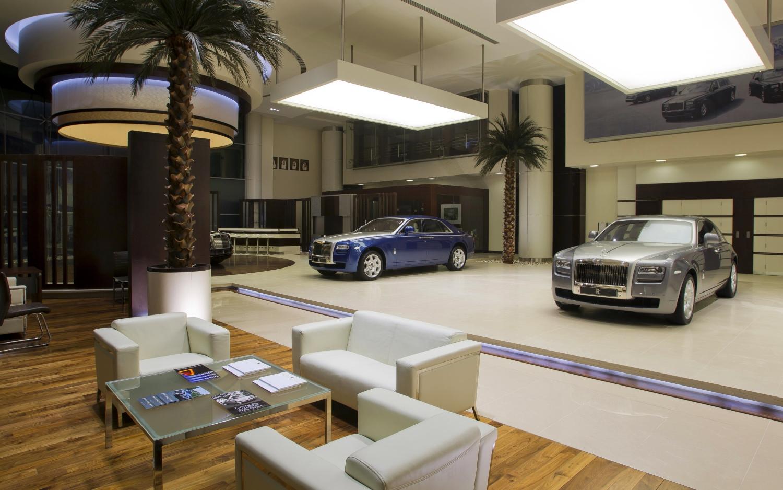 rolls royce abu dhabi customer lounge