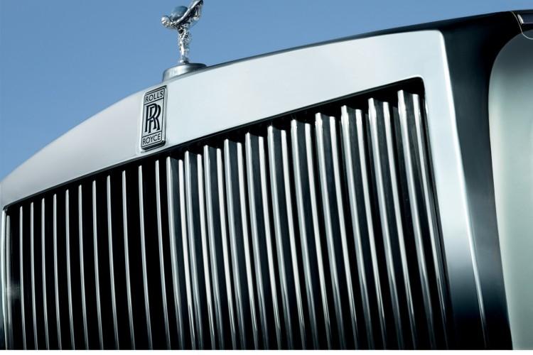 rolls royce phantom facelift 17 750x500