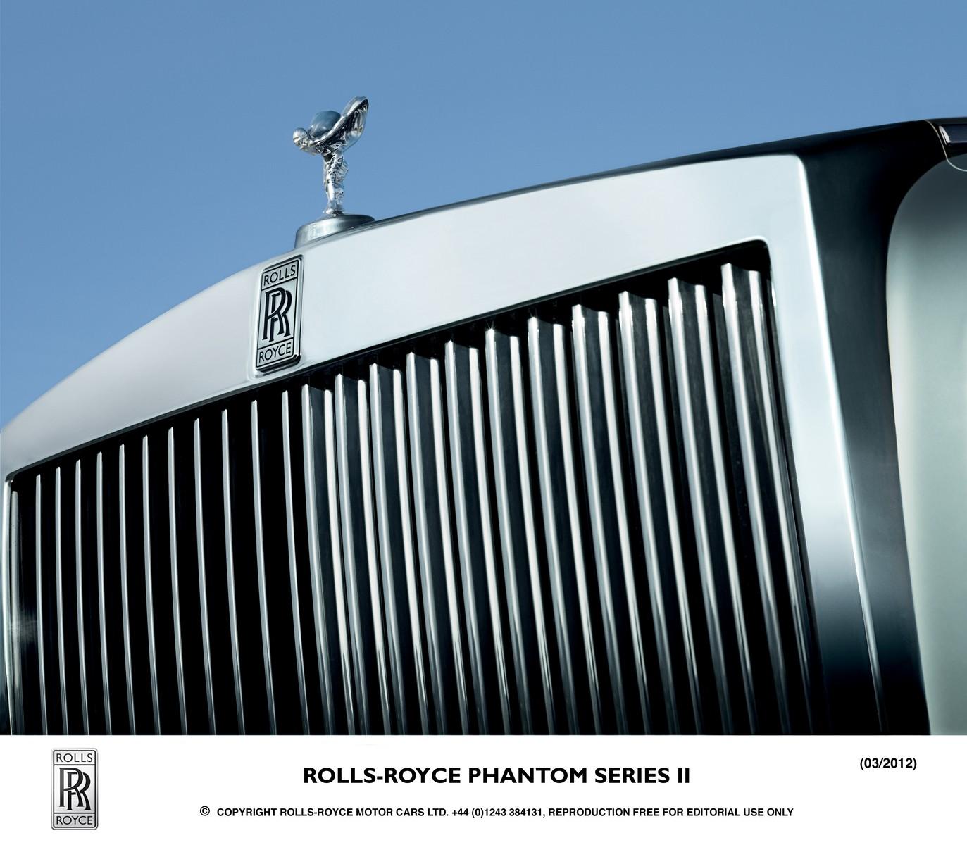 rolls royce phantom facelift 17